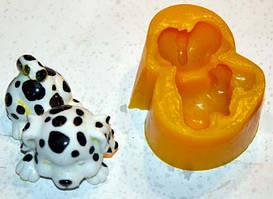 Форма для мыла ручной работы в виде щенка.