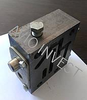 Блок У35.615-12.140 клапанов, фото 1