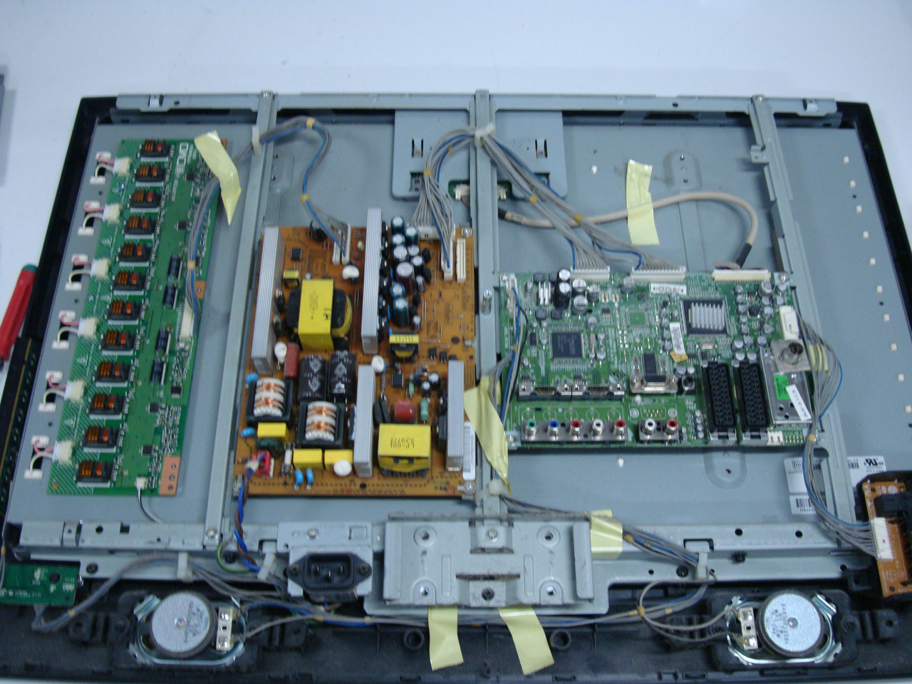 Запчастини до телевізора LG 26LC51 (TCON V260B1-C03, VIT70038.50 REV.3, RCA Eax36298801(1))