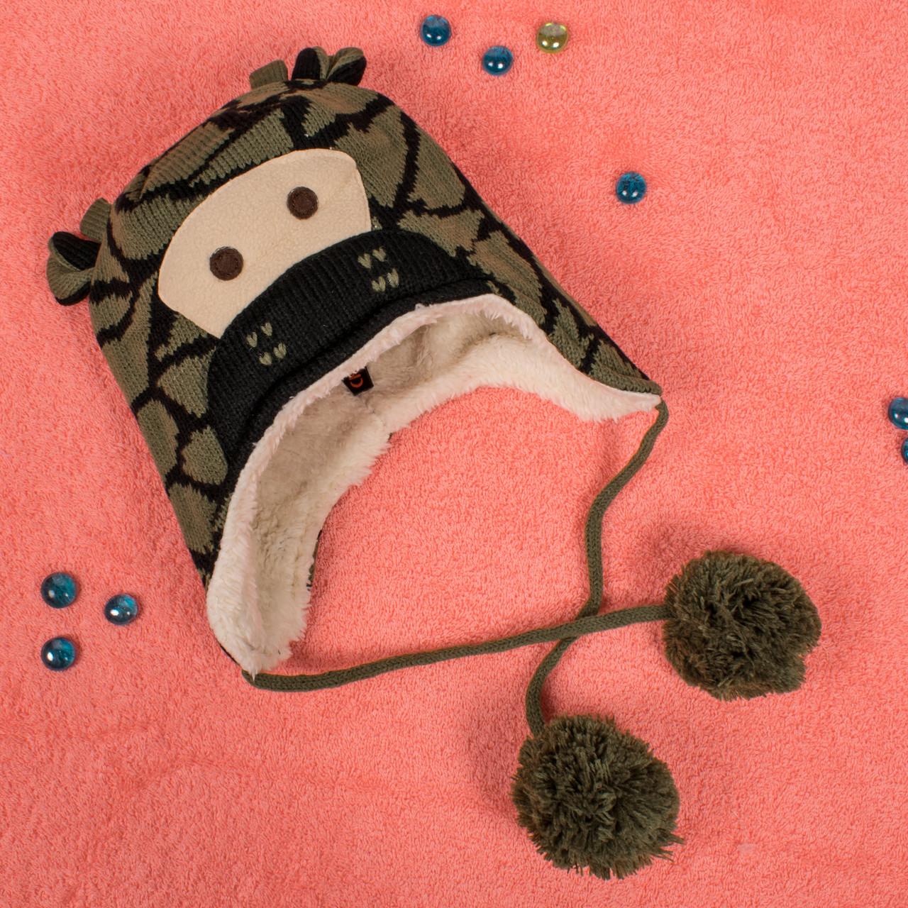 Вязаная шапка для мальчика на завязках с мехом внутри зеленый жираф CM