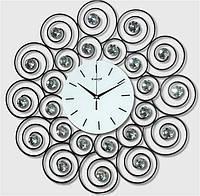 Настенные часы из металла и стекла для гостинной