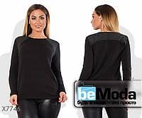 Стильный женский свитер простого кроя из ангоры черный