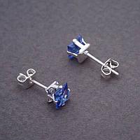 Серьги гвоздики с голубыми кристаллами  d- 6 мм