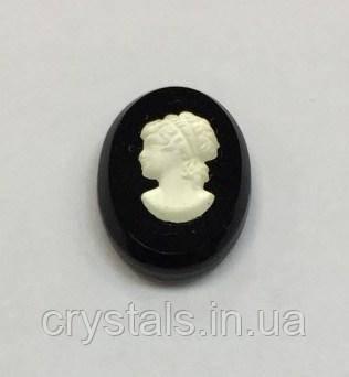 Камея Preciosa (Чехия) 14х10 мм 03630 прозрачная черном фоне