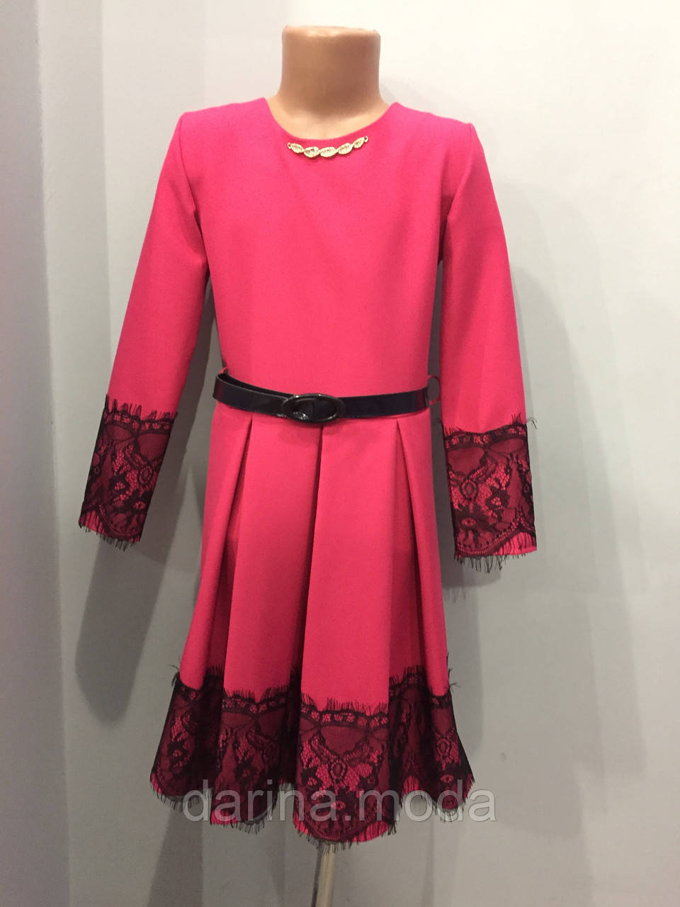Платье для девочки с кружевом 134-152 см