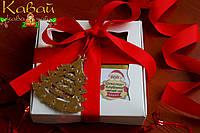 Подарочный набор из двух видов черного чая Глинтвейн, Шоколад с клубникой и игрушки-украшения для декора