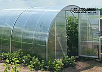 Арочная теплица из алюминиевого профиля и листового поликарбоната.