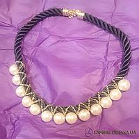 Ожерелье из белого жемчуга на черной нити, 45 см