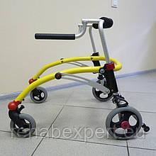 Б/У Задне-опорные ходунки для детей с ДЦП R82 Crocodile Gait Trainer Size 1