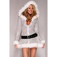 Мерцающее платье новогоднее с капюшоном и поясом