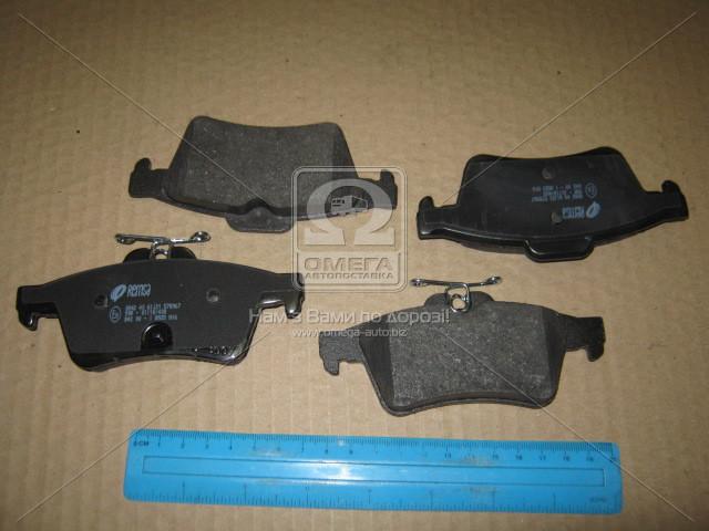 Колодка тормозная FORD FOCUS C-MAX 03-07;MAZDA 3 03-,5 05-;VOLVO C30 06-,S40 II 04- задн. (производство REMSA) (арт. 0842.40), ADHZX