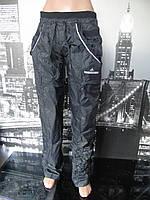 Штаны спортивные женские черного цвета