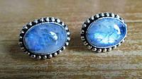 """Серебряные серьги-пусеты с  натуральным лунным камнем  """"Голубые"""",   от студии LadyStyle.Biz, фото 1"""