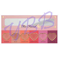 Палетка румян Too Faced Love Flush