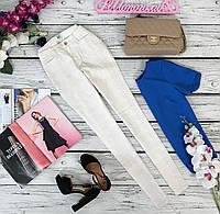 Легкие летние джинсы с принтом  PN5188