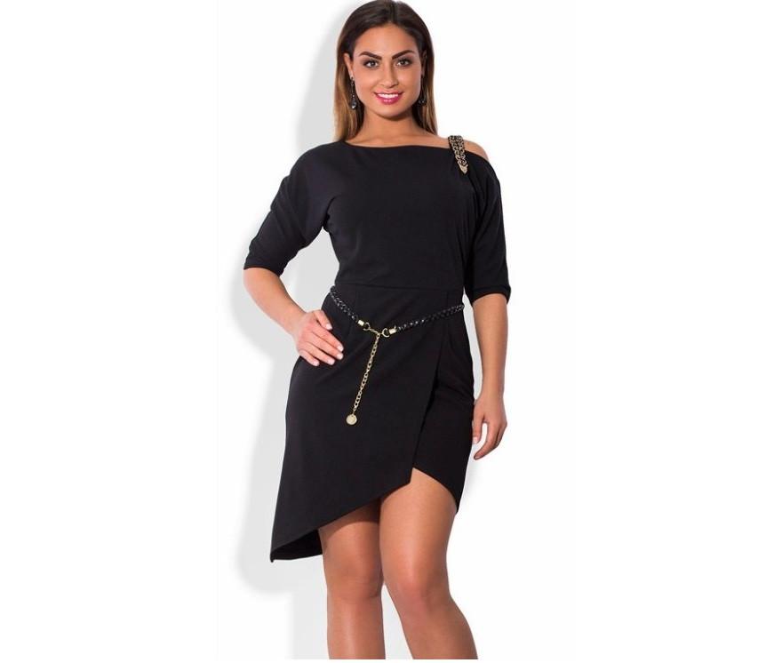 Черное платье батал мини с декоративной лямкой и поясом ПБ-104