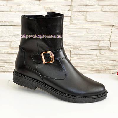 Ботинки кожаные черные женские демисезонные на невысоком каблуке