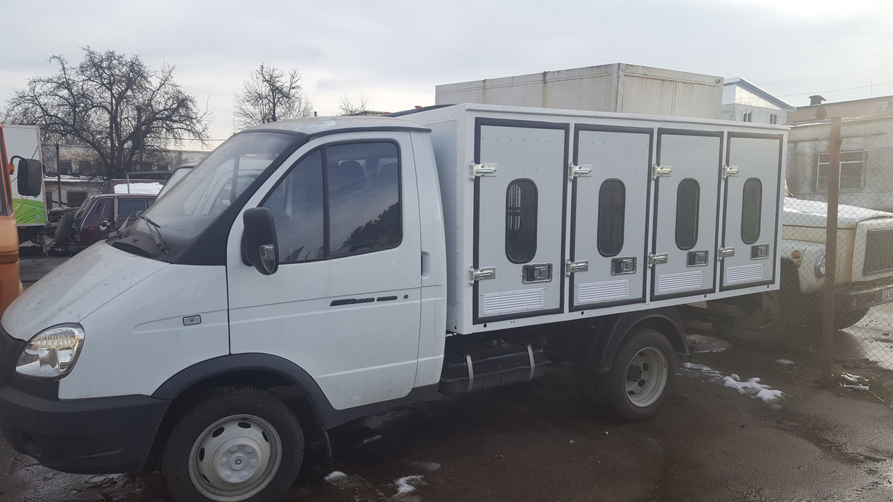 Кузов-фургон для перевозки животных