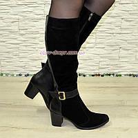 Женские замшевые сапоги на невысоком устойчивом каблуке. Батал., фото 1