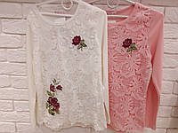 Кофта на баечке с ажуром и вышивкой для девочки