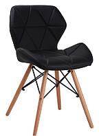 Стул Axel black на деревянных ножках, сиденье из черного кожзама прострочка по всей поверхности