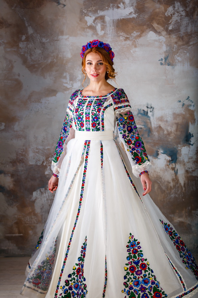 Дизайнерська вишита сукня cb5718669820b