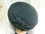 Оливковий фетровий бере капелюх з квітковою композицією, фото 2