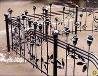 Кованая оградка на могилу