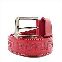 Мужской кожаный ремень красного цвета под джинсы KKE-872554