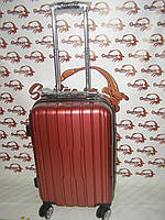 Пластиковый чемодан Three birds красный (маленький)