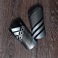 Щитки adidas черные
