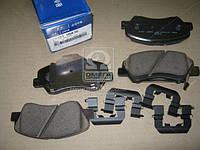 Колодки тормозные дисковые передние HYUNDAI/KIA SOLARIS, RIO, I30, CEED (11-) (производство Mobis) (арт. 581011RA10), AEHZX