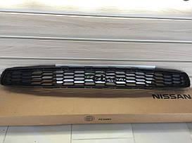 Решетка в передний бампер Nissan Leaf