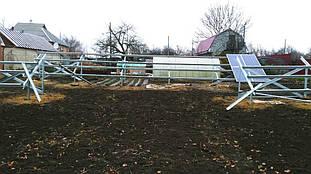 монтаж оцинкованных крепежных систем, двух столов для установки на них солнечных батарей