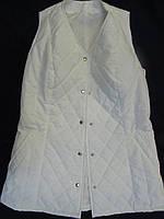 Жилет утепленный стеганный приталенный женский на кнопках (белый)