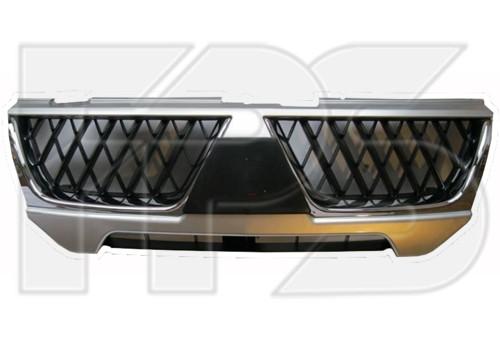 Решетка радиатора Mitsubishi Pajero Sport 04-08 черная с хром рантом (
