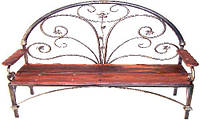 Скамейка с элементами ковки