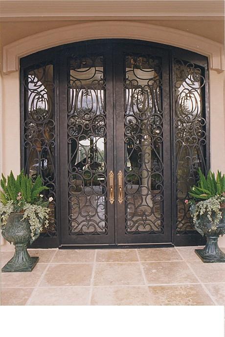 Металлические кованые двери