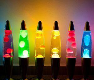 Лава лампа: оригинальный подарок на любой праздник