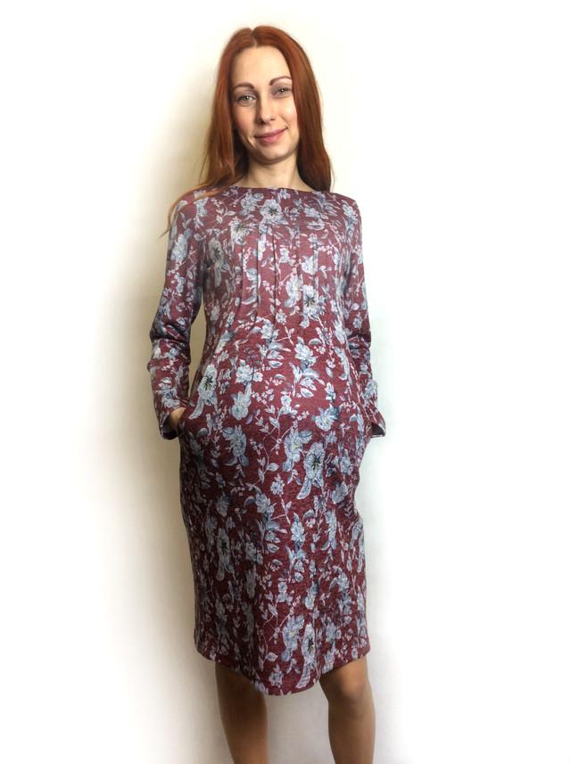 Трикотажное платье с карманами для беременных П57