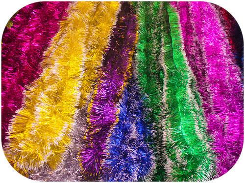 Мишура Новогодняя , с белыми кончиками d = 10 см,3 м ,50 шт/в упаковке. (1 уп.) 5 расцветок