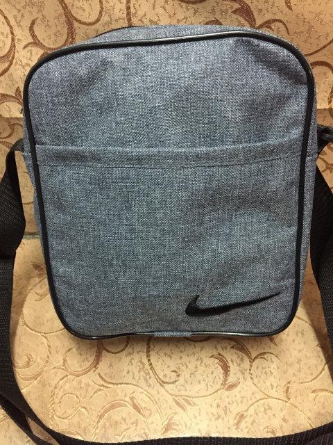 Серая сумка-планшетка Nike (Найк) с чёрным логотипом