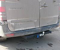 Фаркоп на Mercedes Sprinter (с 2006--) литой крюк. Мерседес Спринтер