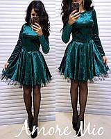 Женское красивое платье из мраморного велюра с пышной юбкой