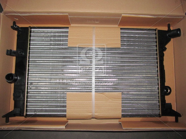 Радиатор VECTRA B 16/18/20 MT -AC (Ava) (арт. OLA2242), rqb1