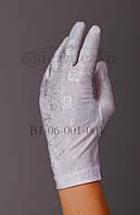 Перчатки белые с выбитым рисунком KS17-2