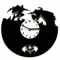 Часы настенные Супермэн против Бэтмэна Код:110-10811331