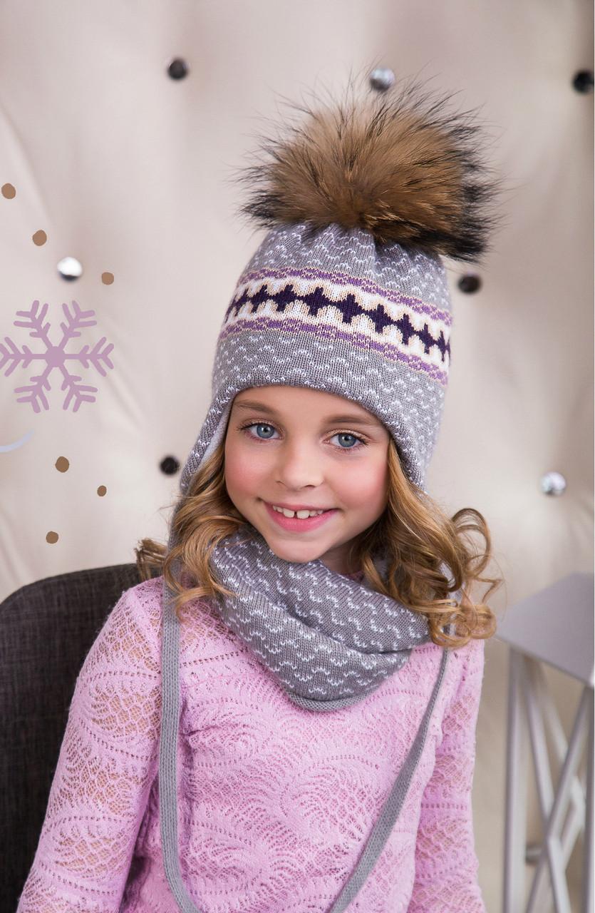 Комплект для девочки с интересным узором (шапка/снуд)