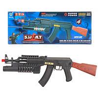 Автомат S.W.A.T. АК-47 стреляет пульками, при стрельбе создает световые и звуковые эффекты