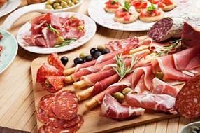 Хамон, прошутто, салями, колбасы...